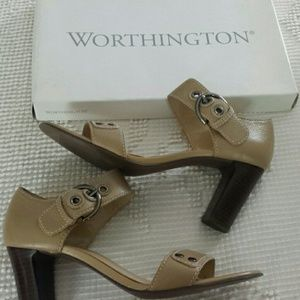 Worthington beige heeled sandals